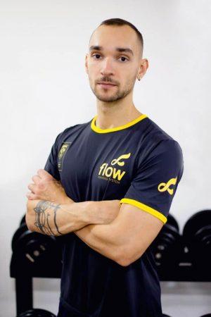 personal trainer carlos